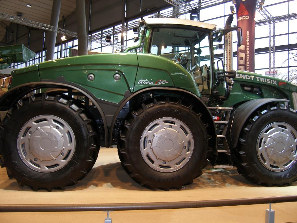 Fendt Trisix AGRITECHNICA 2007 Landwirtschaft © Hannes Schleeh