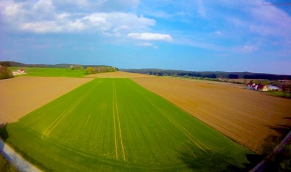 Luftaufnahme mit einer Action Camera von einer Flugdrohne