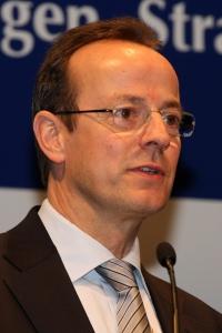 Prof. Dr. Folkhard Isermeyer